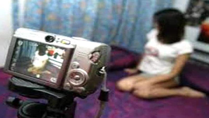 वेब सीरीज के बहाने शूट की बोल्ड फिल्म, एडल्ट वेबसाइट पर कर दी अपलोड