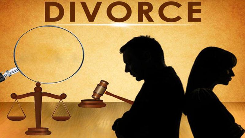 'पति लड़ाई नहीं करता' इसलिए तलाक चाहती है पत्नी, कहा 'बहुत ज्यादा प्यार करता है'