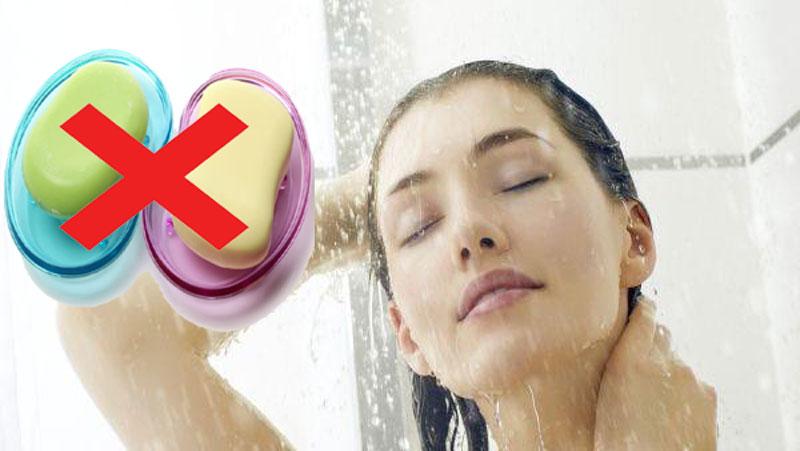 सर्दियों में नहाने के लिए साबुन नहीं बल्कि करे इन चीजों का इस्तेमाल, दूर होगा रूखापन