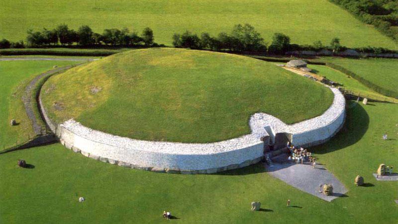 इतिहास से भी पुराना है ये भव्य स्मारक, आज तक बना हुआ है रहस्य