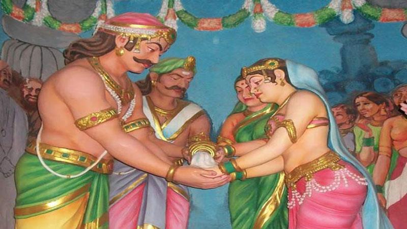 रावण की मौत के बाद मंदोदरी ने की थी इनसे शादी | जानिए...