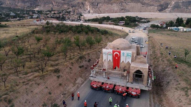 क्या है 600 साल पुराने मस्जिद को तीन भागों में तोड़ने का कारण..