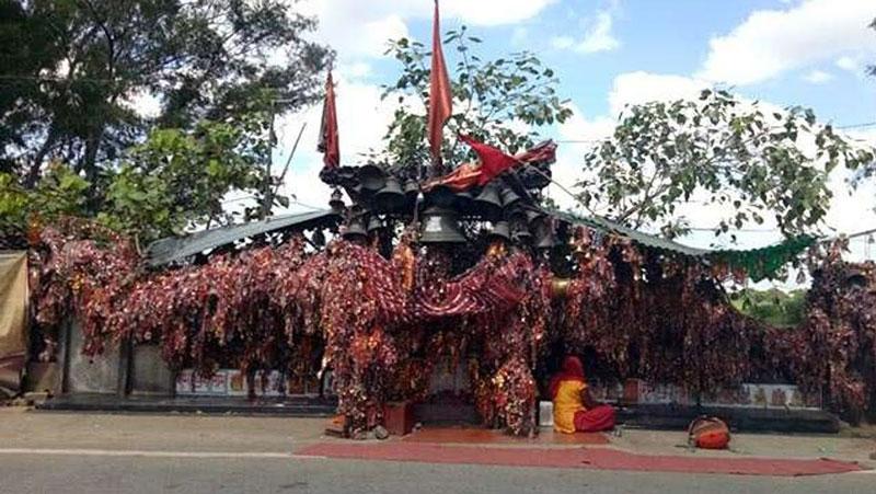 देवी मां का घण्टी वाला अनोखा मंदिर, जहां मूर्ति नहीं हैं फिर भी पूरी होती है मनोकामना..