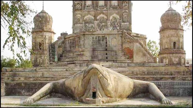 200 साल पुराने इस मंदिर में भगवान की जगह इसकी होती है, पूजा..जानिए इस रहस्य को