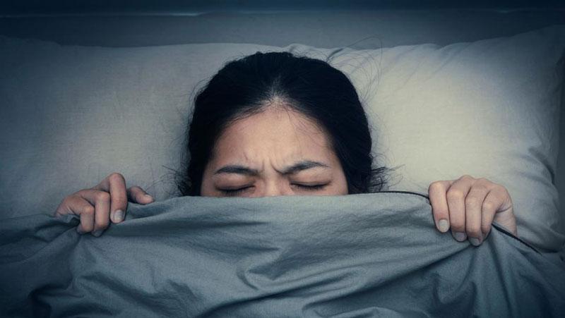 अगर आते है बुरे सपने तो करे ये आसान से उपाय