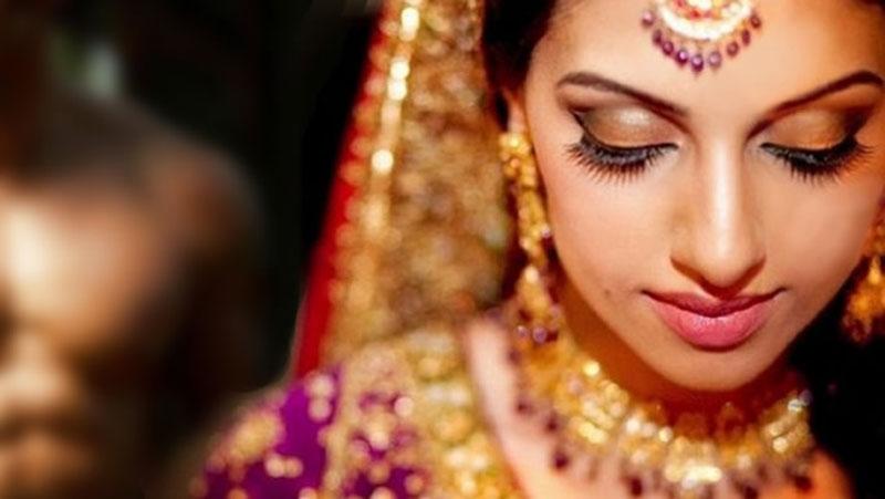 शादीशुदा महिला को इन चीजों को बांटना पड़ सकता है भारी, जानिए