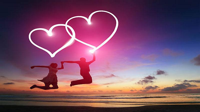क्या आपने कभी किसी से प्यार किया है? आपका प्यार कितना झूठा है और कितना सच्चा, जानिए सच्चा प्यार करने वालो  की 10 निशानियों के बारे मैं...