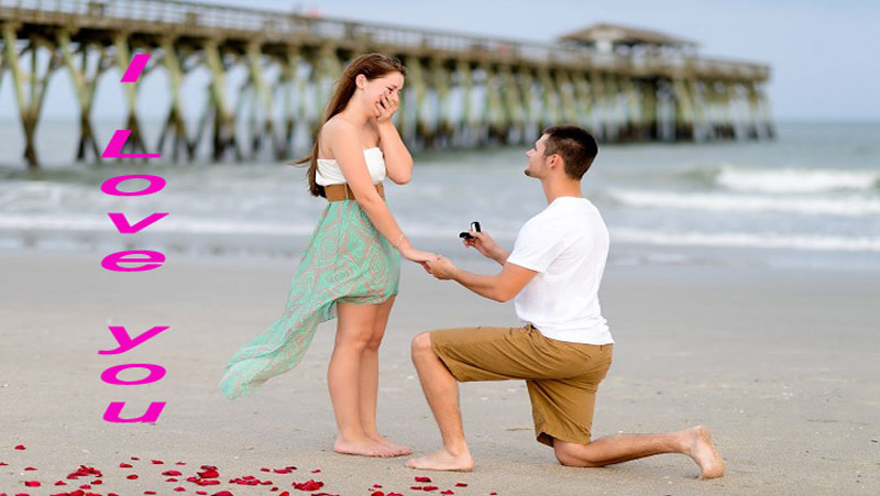 """किसी लड़की से """" I LOVE YOU  """" बोलने का परफेक्ट समय कौनसा होता है क्या आप जानते है?"""