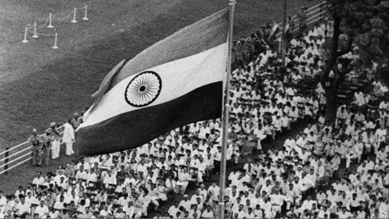 70 साल पहले देश में कुछ इस तरह मना था पहला गणतंत्र दिवस, देखिये दुर्लभ तस्वीरें